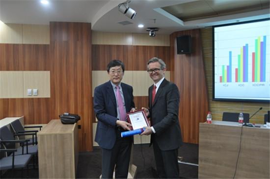 新加坡国立大学法学院院长访问中国人民大学法学院并做客 名家法学讲